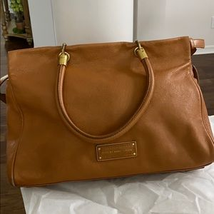 Marc by Marc Jacobs camel leather bag with wallet